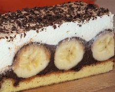 Czekoladowo-bananowe ciasto na biszkopcie Dessert Drinks, Tiramisu, Delicious Desserts, Cheesecake, Sweets, Ethnic Recipes, Food, Cakes, Gummi Candy