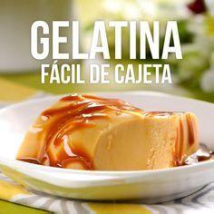 gelatina de cajeta Contains: dairy Egg free Gelatin Recipes, Jello Recipes, Mexican Food Recipes, Sweet Recipes, Dessert Recipes, Pork Recipes, Tasty, Yummy Food, Food Design