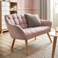 Sofa in Rosa 'Monique' Bedroom Chair, Home Decor Bedroom, Modern Bedroom, Dining Sofa, Zweisitzer Sofa, Retro Sofa, Living Spaces, Living Room, Home Room Design