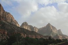 welcome to utah: zion national park @ZionNPS  http://www.iscreamforsunshine.com/2014/06/welcome-to-utah-zion-national-park.html