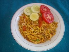 noodles with bean sprouts (Aceh : mi tumis)