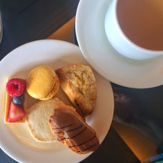 Sure we all know that you can experience afternoon tea at the Grand Floridian's Garden View Tea Room. But getting in can be difficult.