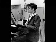 De 140 Bedste Idéer Fra Elvis P Music Elvis Presley Sang Aloha