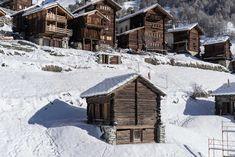 Wallis, Alpine House, Log Wall, Wood Pellets, Free Park, Lodges, Travel Style, Cosy, Tiny House