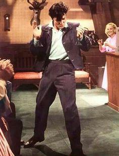 Risultati immagini per Elvis Presley : Phoenix, AZ : September 1970 Lisa Marie Presley, Priscilla Presley, King Elvis Presley, Elvis Presley Movies, Elvis And Priscilla, Elvis Presley Photos, Rare Elvis Photos, Rock And Roll, Are You Lonesome Tonight