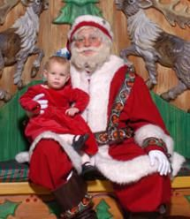 7 Things To Know If You Go To See Santa at Macy's Herald Square: It's Free To See Santa at Macy's