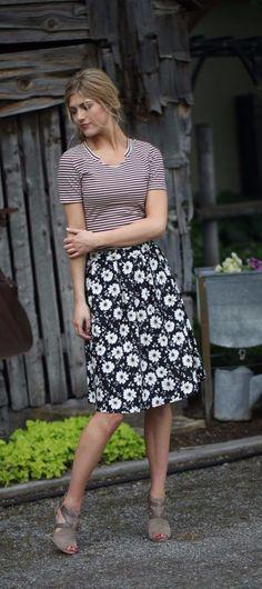 Daisy Floral Skirt (Pre-order) – ModestPop.com - modest clothing, modest clothes, modest skirt