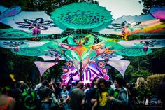 Electric Forest, Wedding Art, Wedding Humor, Goa, Kunst Party, Psychedelic Decor, Electric Daisy Carnival, Hippie Costume, Edm Festival
