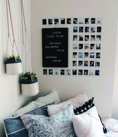 10 DIY Dorm Room Decor Ideas To brighten Up Your Space! Easy DIY dorm room hacks perfect for college students. Efficient Dorm Room Organization Ideas you can try! Obsessed with these dorm room storage ideas! I want to add these all in my dorm room. Room Ideas Bedroom, Bedroom Decor, Bedroom Storage, Bedroom Inspo, Diy Room Ideas, Bedroom Hacks, Bedroom Shelves, Minimalist Dorm, Minimalist Kitchen