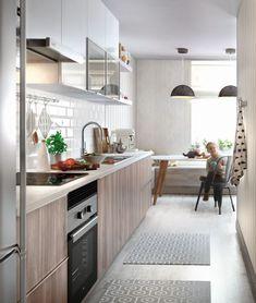 ¡Coloca un friso de PVC! Es muy decorativo y fácil de limpiar Home Design, Küchen Design, Home Interior Design, Kitchen Living, New Kitchen, Kitchen Decor, Cocina Office, Kitchen Models, Functional Kitchen