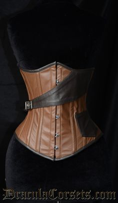 Leather Steampunk Airship Corset -- by DraculaCorsets.com, even better! [for those Twilight moments, grin]