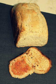 Pan de ajo con tomate