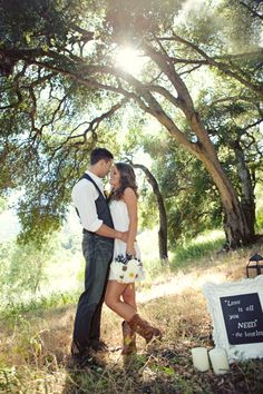 country inspired engagement pictures♥ love this!