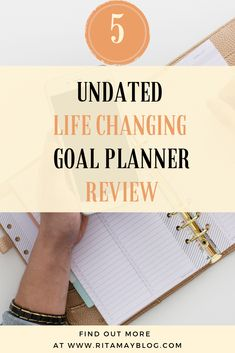 When you find yourself not reaching your goals, there are two main reasons you can look into: - You don't articulate the goal specifically enough - You are stuck in the habit circuits of your brain Having a goal planner can change your life by solving both issues. I review here the 5 planners I recommend.  #goalplannerreview #goalplanner #planner #journaling Goals Planner, Life Planner, Self Development, Personal Development, Daily Goals, Positive Psychology, Personal Goals, Financial Goals, Life Purpose