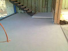 Concrete floor ideas    http://www.concreteworkseast.com/news/wp-content/uploads/2012/03/image_3-3.jpeg