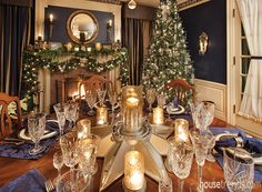 Round dining room table allows for easy table talk Easy Table, Southern Christmas, Seasonal Celebration, Christmas Tablescapes, Round Dining, Inspired Homes, Dining Room Table, Table Settings, Home And Garden