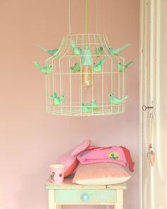 mintgroene hanglamp voor op mint babykamer of mint kinderkamer. Dutch, Lamps, Lightbulbs, Dutch Language, Light Fixtures, Rope Lighting, Lanterns