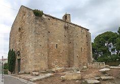 la chapelle de la Mer, ou Notre Dame des Trois Vierges (XIIème siècle) et sa…
