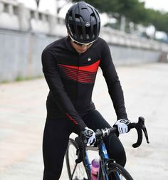 Monton Sports 2018 mens winter cycling jersey fleece lined online cheap for sale. Team custom made winter cycling wear jerseys long sleeve service with full zip three back pockets and hi vis reflective elements. Winter Cycling Gear, Cycling Wear, Cycling Jerseys, Cycling Outfit, Cycling Clothes, Mens Winter, Road Bikes, Mountain Biking, Motorcycle Jacket