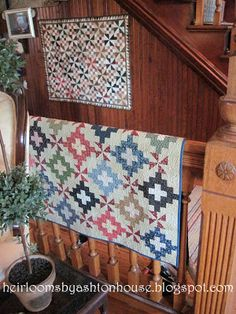 Heirlooms by Ashton House: QUILTED HOUSE TOUR PART 1