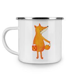 Emaille Tasse Fuchs Laterne aus Metall im Emaille Look  Weiß - Das Original von Mr. & Mrs. Panda.  Diese wunderschöne Emaille Tasse von Mr. & Mrs. Panda ist wirklich etwas ganz besonders.  Diese Metalltasse mit abgesetztem Edelstahl Rand in Emaille Optik ist der perfekte, bruchsichere Begleiter für dein nächstes Abenteuer.    Über unser Motiv Fuchs Laterne  Die Fox Edition ist eine besonders liebevolle Kollektion von Mr. & Mrs. Panda. Jedes Motiv ist wie immer bei Mr. & Mrs. Panda…