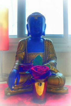 Golden And Blue Buddha For Peace And Tranquility In The Home Buddha Zen, Buddha Meditation, Gautama Buddha, Buddha Buddhism, Ganesha, Namaste, Buddhist Philosophy, Celestial, Gods And Goddesses