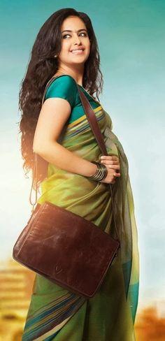 South Indian Actress, Beautiful Indian Actress, Saree Fashion, Traditional Sarees, Fashion Gallery, Wet Hair, Saree Styles, Churidar, Beautiful Saree