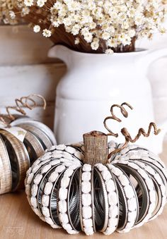 Home Decor: Farmhouse Ribbon Pumpkins - Wholesale Ribbon Mason Jar Pumpkin, Diy Pumpkin, Pumpkin Crafts, Jar Lid Crafts, Mason Jar Crafts, Halloween Wood Crafts, Fall Crafts, Fall Halloween, Wholesale Ribbon