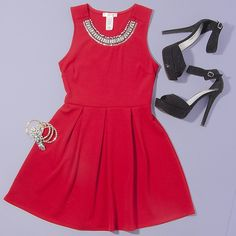 he perfect little red holiday party dress! #ootd #AGACI #agacigirl