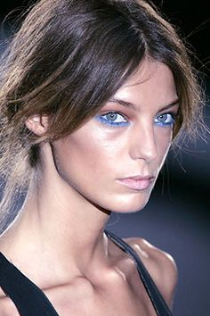blue eyeliner Daria Werbowy _#MyVSFallEdit