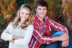 Senior picture ideas for couples