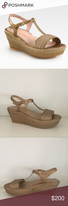 """NWOT SW Flatty Metallic Leather Raffia Wedge Stuart Weitzman sandals in new condition!!! Super cute with a t strap and 2"""" platform. Gold leather and wrapped in gold raffia. Stuart Weitzman Shoes Wedges"""