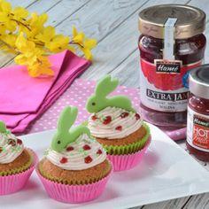 Recept na velikonoční cupcakes krok za krokem - Vaření.cz Cupcakes, Hot, Desserts, Tailgate Desserts, Cupcake, Deserts, Postres, Cup Cakes, Dessert