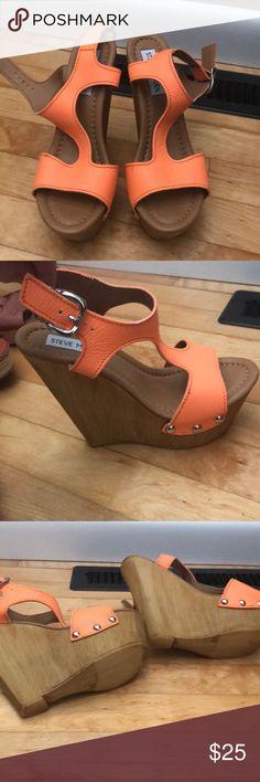 NEW Steve Madden Leather platform sandals NEW Steve Madden leather platform sandals Steve Madden Shoes Sandals