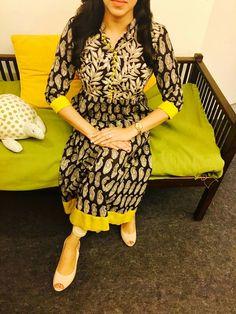 More @ latest kurti Latest Kurta Designs, Latest Kurti, Kurta Designs Women, Kalamkari Designs, Churidar Designs, Dress Neck Designs, Blouse Designs, Salwar Pattern, Simple Kurti Designs