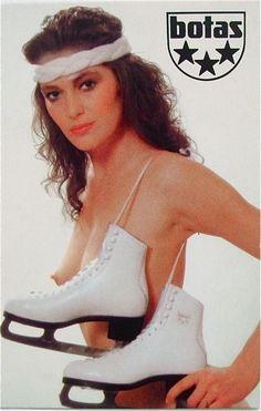 Botas-advertising posters from Botas was the favorite sports footwear manufacturer in Czechoslovakia. Poster Ads, Advertising Poster, Pin Up Girl Vintage, Pretty Korean Girls, Dark Fantasy Art, Vintage Ads, Pin Up Girls, Sports Women, Actresses