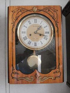 b3a2bf893a02 Antiguo Reloj Mecánico Manual A Llave De Pared Soviético URSS Con Campanadas  • 74.99€