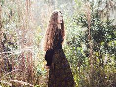 Photographer: Ashley Holloway Model: Dakota Zordan MUA & Hair Stylist: Laura Barone/Blend True