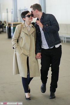 I'm so happy they are dating, although I am sad that Josh isn't single..