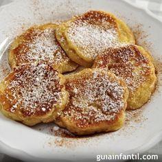 Receta de panqueque de manzana. Merienda para niños Mexican Food Recipes, Sweet Recipes, Cookie Recipes, Look And Cook, Crepes, Pan Dulce, Pancakes And Waffles, My Favorite Food, Easy Desserts
