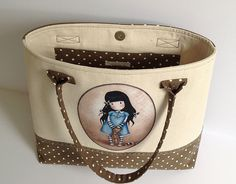 Gorjuss bag, very nice, this lady makes some very nice bags Backpack Bags, Tote Bag, Prima Doll Stamps, Cotton House, Ankle Jewelry, Snoopy Love, Pouch, Wallet, Patchwork Bags
