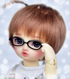 𝑯𝒊, 𝒕𝒉𝒆𝒓𝒆 ❤️ www.nomyens.com #bjd #abjd #balljointdoll #dollofstargram #instadoll #dollstargram #toy #paint #painting #painted #repaint #handmade #nomyens #nomyensfaceup #volkssuperdollfie #volksdolls #yosddoll Star G, Ball Jointed Dolls, Bjd, Cosmetics, Handmade, Painting, Fashion, Moda, Hand Made