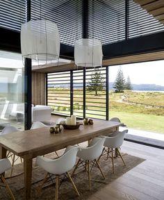 Tuatua House – Family Vacation Home by Julian Guthrie - InteriorZine