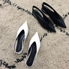 Celine Spring 2016 Essential Flat V Neck Slingbacks in white and black