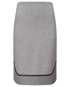 Fusing sporty character with high-fashion shape and aesthetics, the Cantar Luxe Skirt is one of the most definitive styles of Sweaty Betty's SS16 collection. Designed using double knit fabric for pleasing weight and a striking two-tone finish, it is equally stunning worn alone or over the Praia Luxe Leggings. Referencing the glamorous 1960s, it flatters the silhouette and fits straight through the body from the high waistline to the double layered contrast hem.