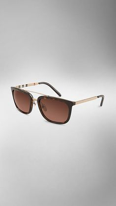 http://us.burberry.com/trench-collection-square-frame-sunglasses-p39309071