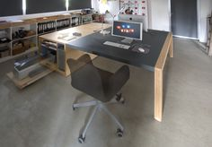 Tafel Voor Printer : Printer en computer op tafel u stockfoto fotofabrika