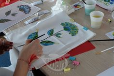 Paint on silk scarves - spring workshops! Painting Workshop, Silk Painting, Silk Scarves, Spring, Tableware, Atelier, Dinnerware, Tablewares, Dishes