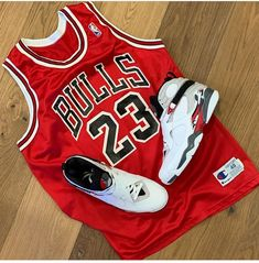 Nike Air, Sports, Tops, Fashion, Hs Sports, Moda, Fashion Styles, Sport, Fashion Illustrations