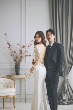 Korea's most famous studio show their latest sample:THE BRIDE - WEDDING PACKAGE - Mr. K Korea pre wedding - Everyday something new and special Korea pre wedding by Mr. K Korea Wedding Pre Wedding Poses, Wedding Couple Poses, Pre Wedding Photoshoot, Civil Wedding, Wedding Bride, Party Wedding, Wedding Ideas, Korean Bride, Korean Wedding Photography